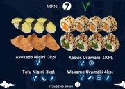 Itsudemo Sushi Box, 3*Avokado Nigiri, 3*Tofu Nigiri, 4*Kasvis Uramaki, 4* Wakame Uramaki
