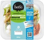 Mozzarella-pastasalaat...