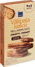 Snack biscuit yoghurt