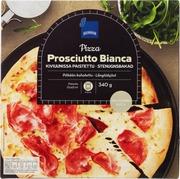 Valkokastiketta, Kinkkua Ja Mozzarellajuustoa Sisältävä Pizza. Pakaste.