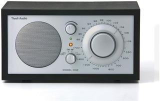 Tivoli Audio Model One Pöytäradio Musta
