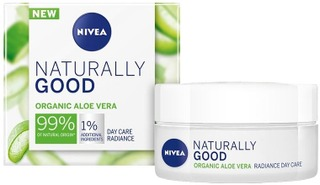 Nivea 50Ml Naturally Good Radiance Day Care -Päivävoide