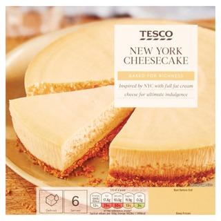 Tesco 450G New York Cheesecake Vaniljanmakuinen Juustokakku Keksipohjalla. Pakaste