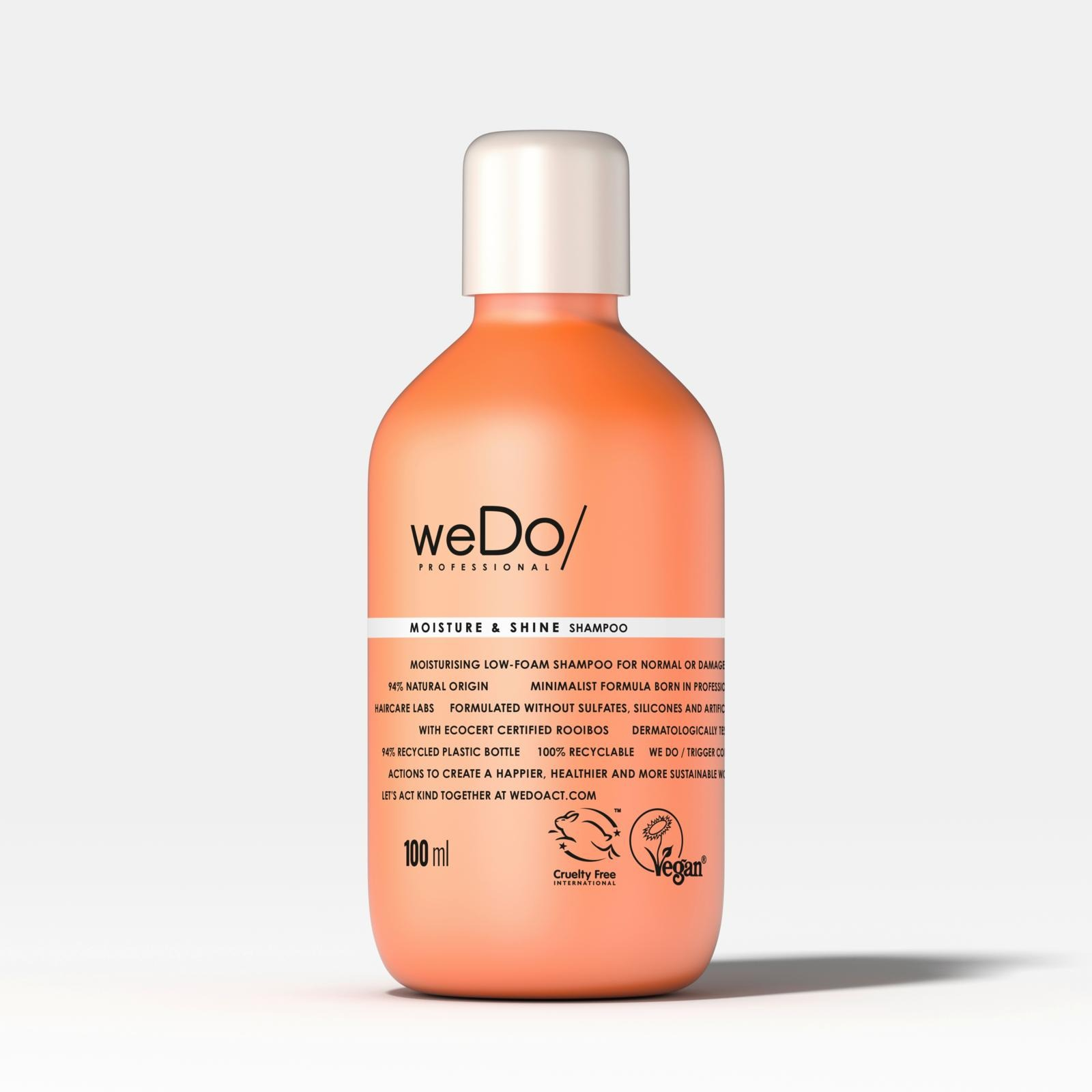 Vinkkejä shampoon valintaan ja oikeanlaiseen hiustenpesuun
